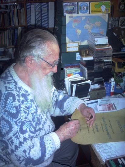 Unterzeichnung der Urkunde